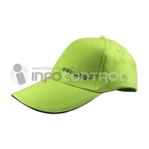gorra roja marca promoción